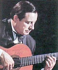 El guitarrista y catedrático Manuel Cano Tamayo nació en Granada el 23 de febrero de 1925 y murió en la misma ciudad el 12 de enero de 1990. - 200px-Manuel_Cano